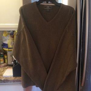 Men's vneck sweater